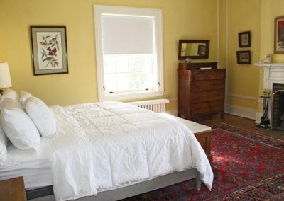 Truitt-House-bedroom-yellow-2
